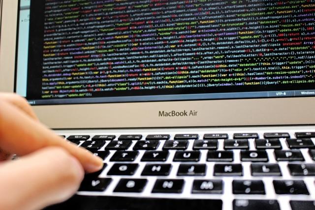 なぜアフィリエイト?実業やFX・せどりと比較して圧倒的におすすめな理由、パソコン、電子商品、コード